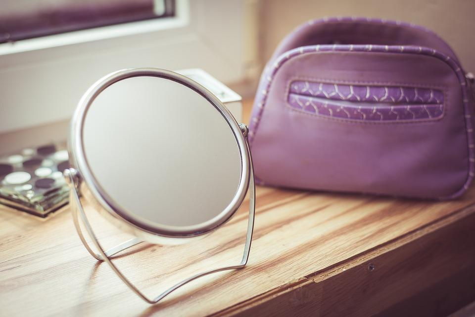 L'essentiel à emporter dans votre vanity case